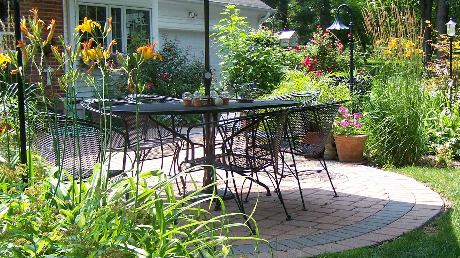 Year-round Landscaping Services for Your Home